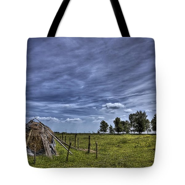 Barefoot Country Tote Bag