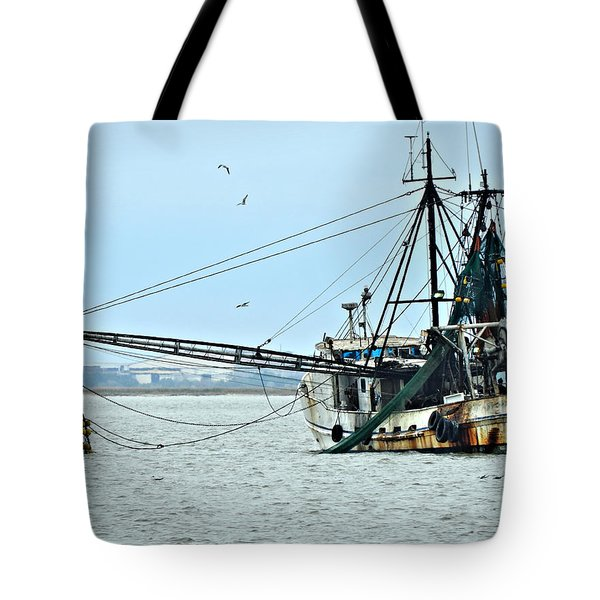 Barely Makin' Way Tote Bag