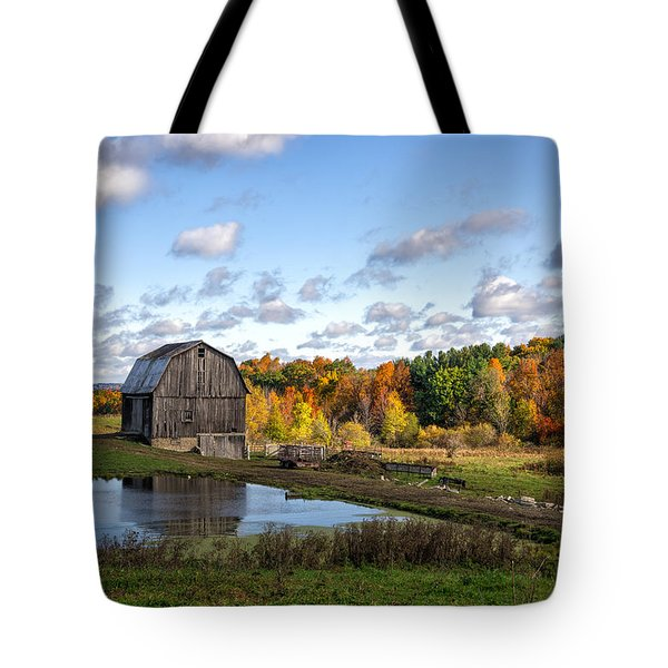 Tote Bag featuring the photograph Barn In Autumn by Mark Papke