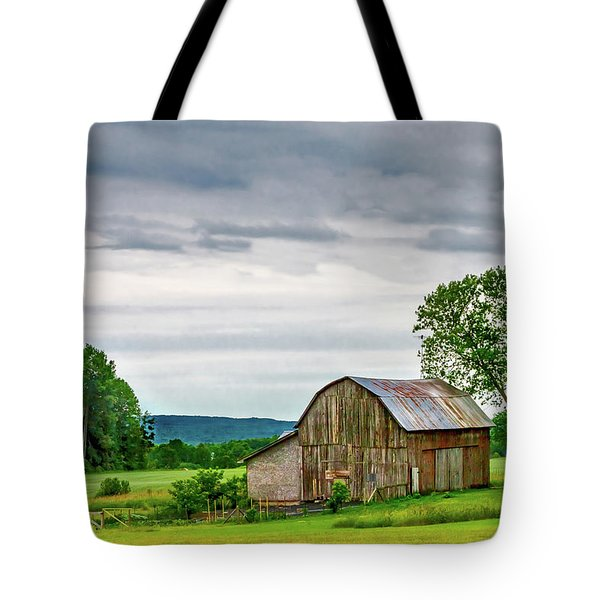 Tote Bag featuring the photograph Barn In Bliss Township by Bill Gallagher