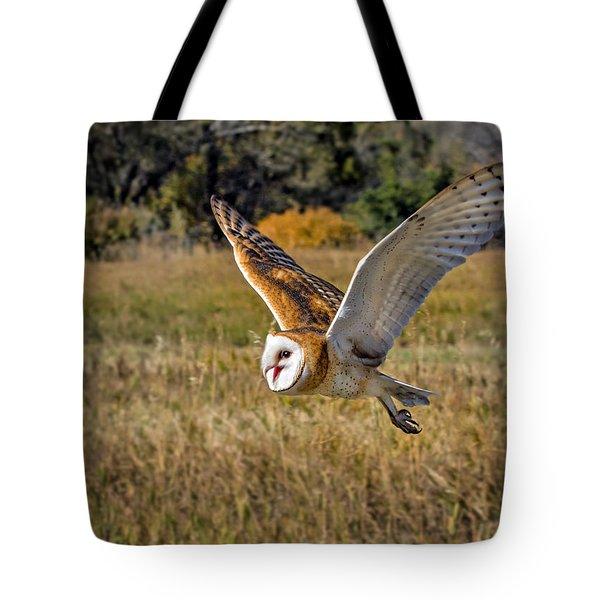 Barn Owl Flight 6 Tote Bag