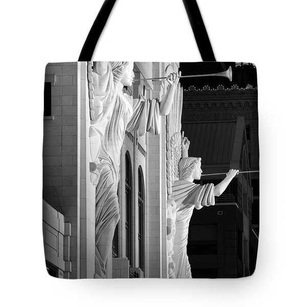 Bass Hall Fort Worth 520 Bw Tote Bag