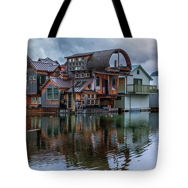 Bayview Houseboat Tote Bag