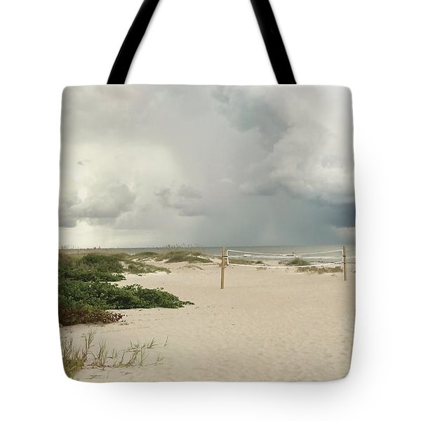 Tote Bag featuring the photograph Beach Day by Raymond Earley