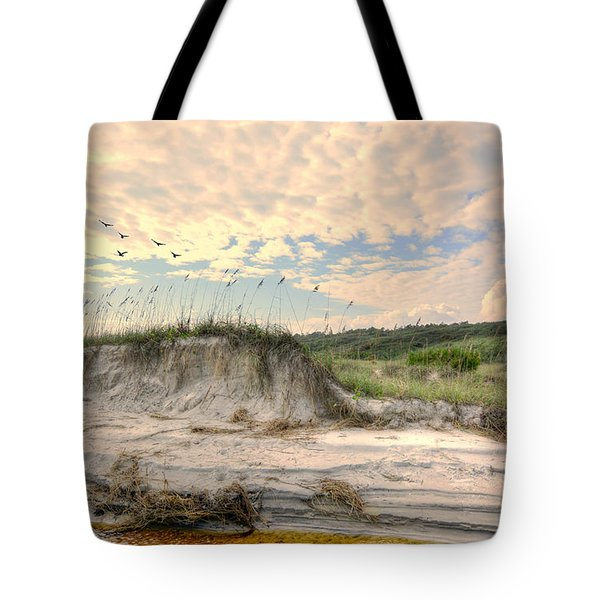 Beach Dunes And Gulls Tote Bag