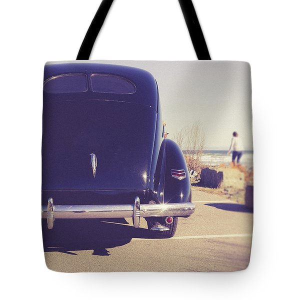 Tote Bag featuring the photograph Beach Memories by Edward Fielding