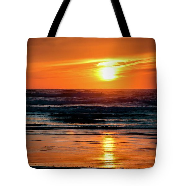 Tote Bag featuring the photograph Beach Sunset by Bryan Carter