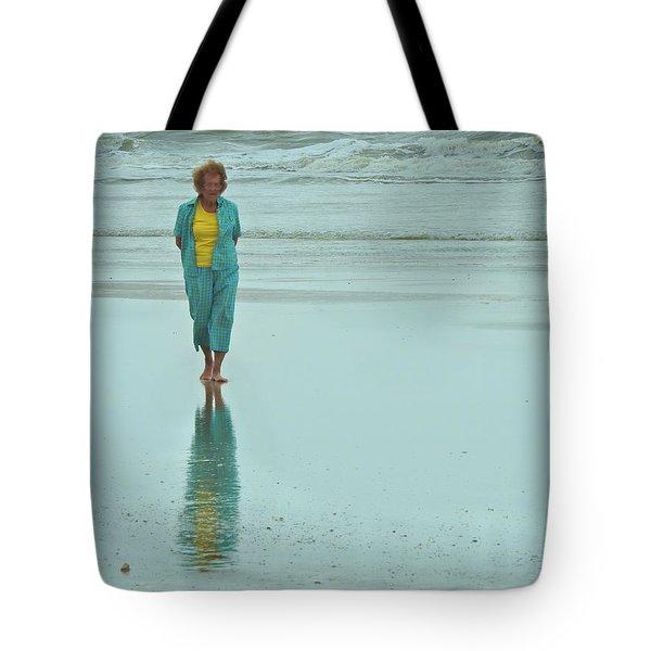 Beach Walkin' Tote Bag