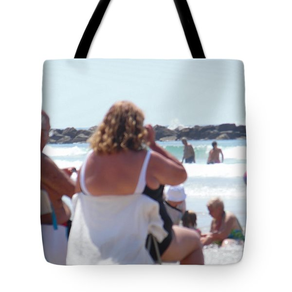 Tote Bag featuring the painting Beach Watchers by Esther Newman-Cohen