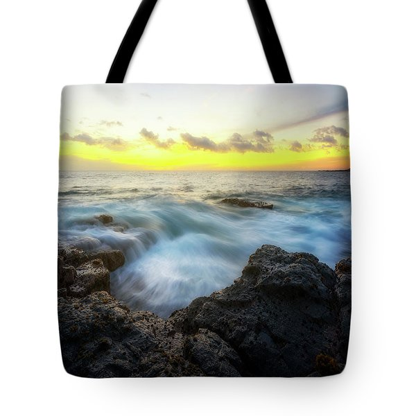 Tote Bag featuring the photograph Beautiful Ending by Ryan Manuel