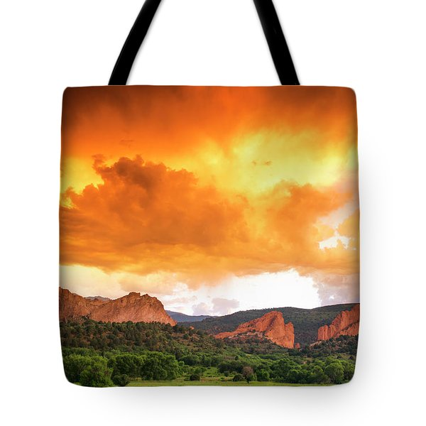 Tote Bag featuring the photograph Beautiful Sunset by Tim Reaves