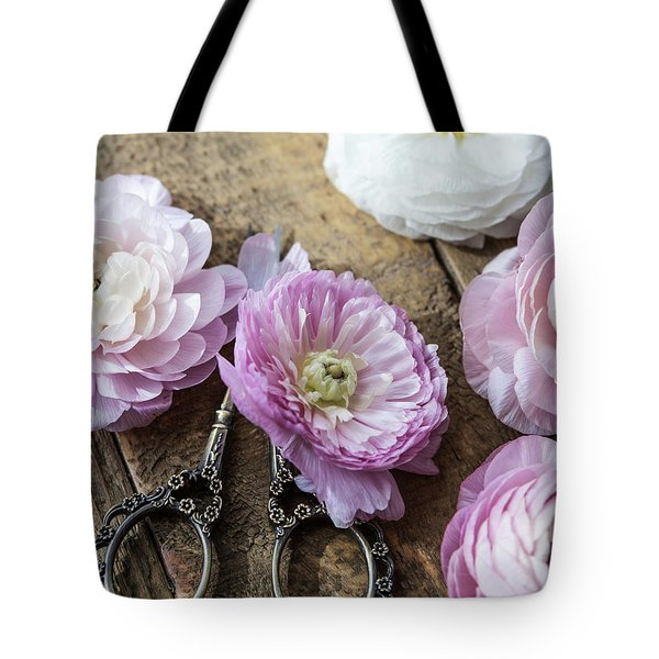 Tote Bag featuring the photograph Beauty In Simplicity by Kim Hojnacki