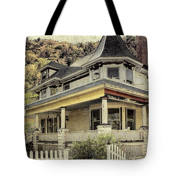 Bed And Breakfast  Of Old Tote Bag