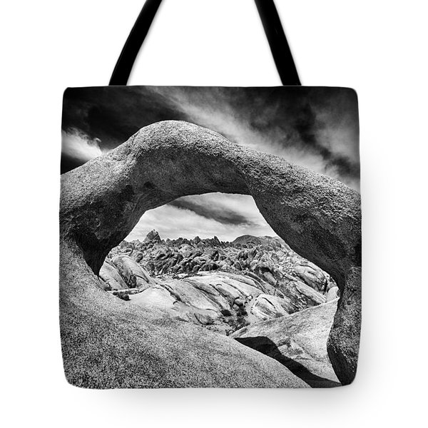 Behind The Arch In Monochrome Tote Bag