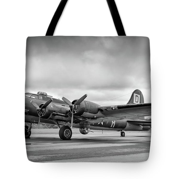 Belle On The Ramp Tote Bag