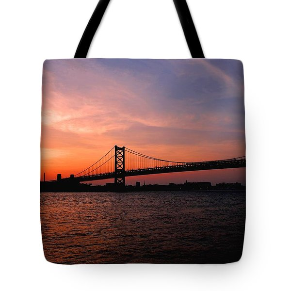 Ben Franklin Bridge Sunset Tote Bag