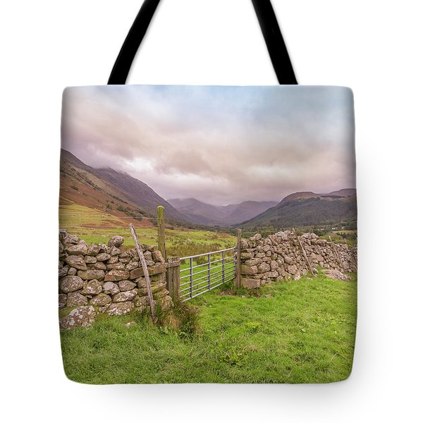 Tote Bag featuring the photograph Ben Nevis Mountain Range by Roy McPeak