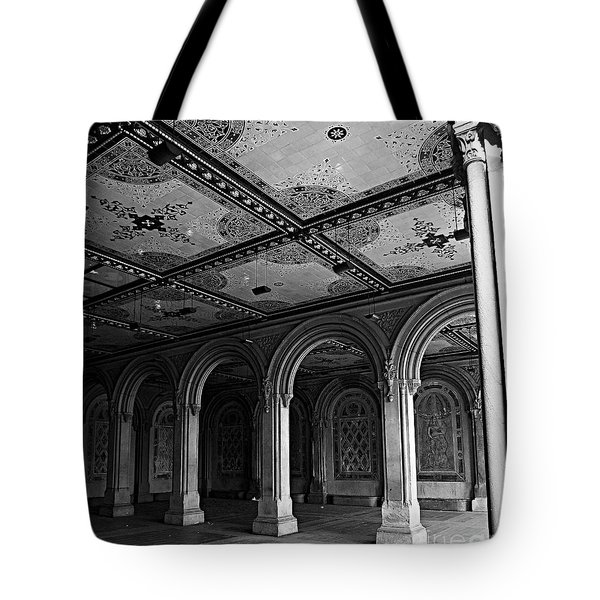 Bethesda Terrace Arcade In Central Park - Bw Tote Bag