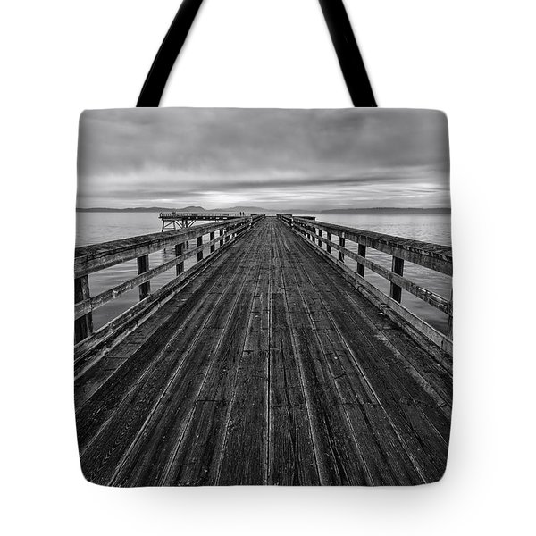 Bevan Fishing Pier - Black And White Tote Bag