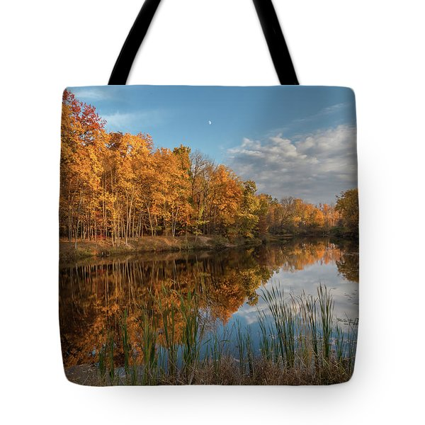 Beyer's Pond In Autumn Tote Bag