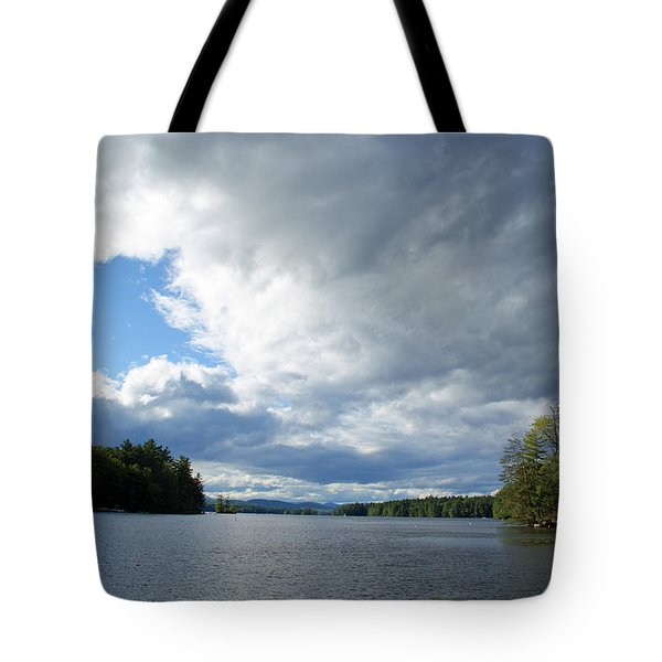 Tote Bag featuring the photograph Big Brooding Sky by Lynda Lehmann
