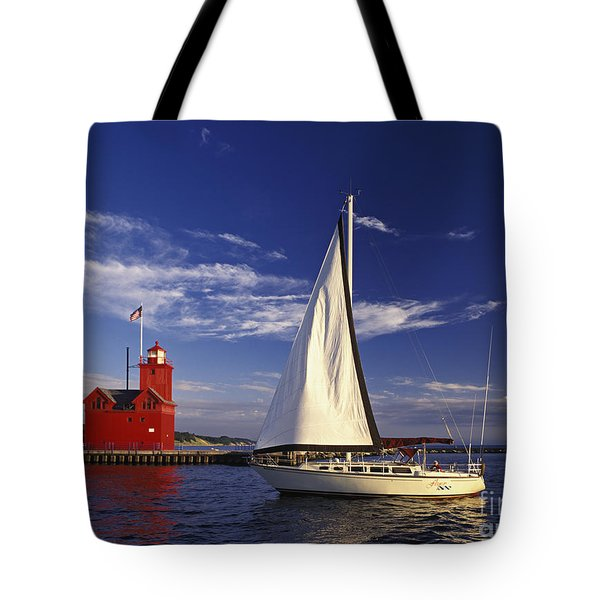 Big Red - Fm000060 Tote Bag by Daniel Dempster