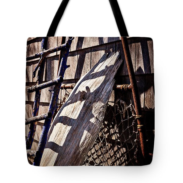 Bird Barn Details Tote Bag