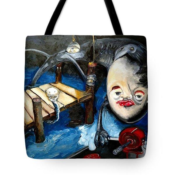 Birdie Kiss Tote Bag