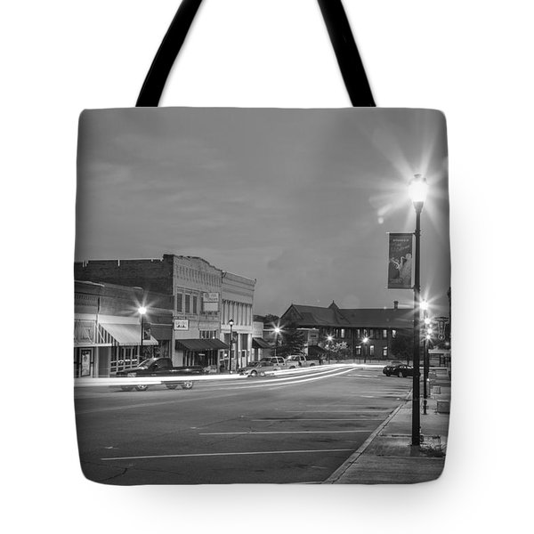 Black And White 31 Tote Bag