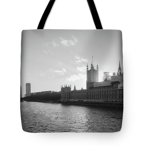 Black And White View Of Thames River And House Of Parlament From Tote Bag