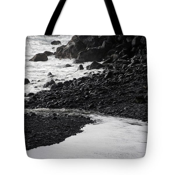 Black Lava Beach, Maui Tote Bag