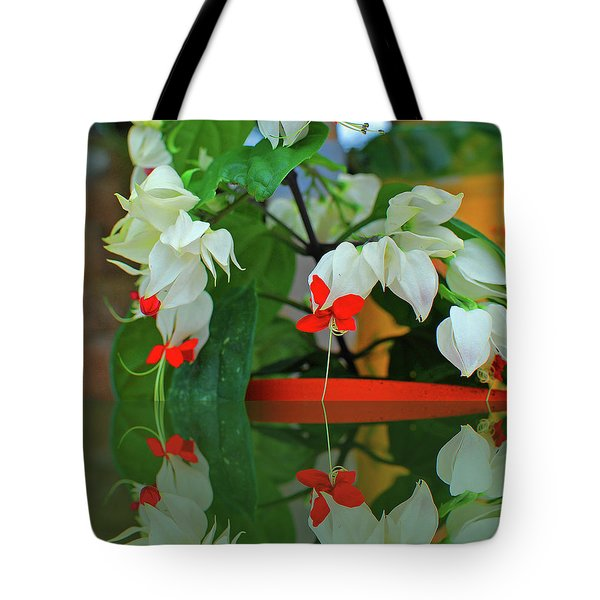 Bleeding Heart I Tote Bag