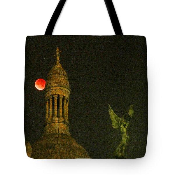 Blood Moon Eclipse At Sacre Coeur Paris  2015 Tote Bag