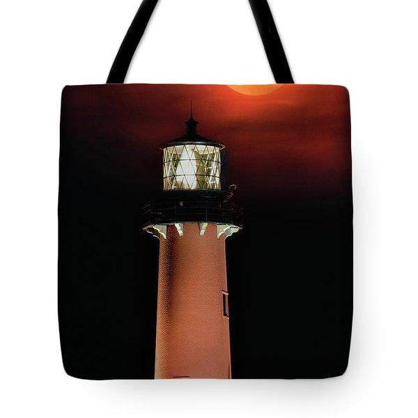 Blood Moon Rising Over Jupiter Lighthouse In Florida Tote Bag