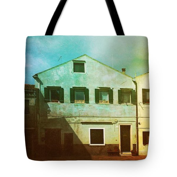 Tote Bag featuring the photograph Blowing In The Wind by Anne Kotan