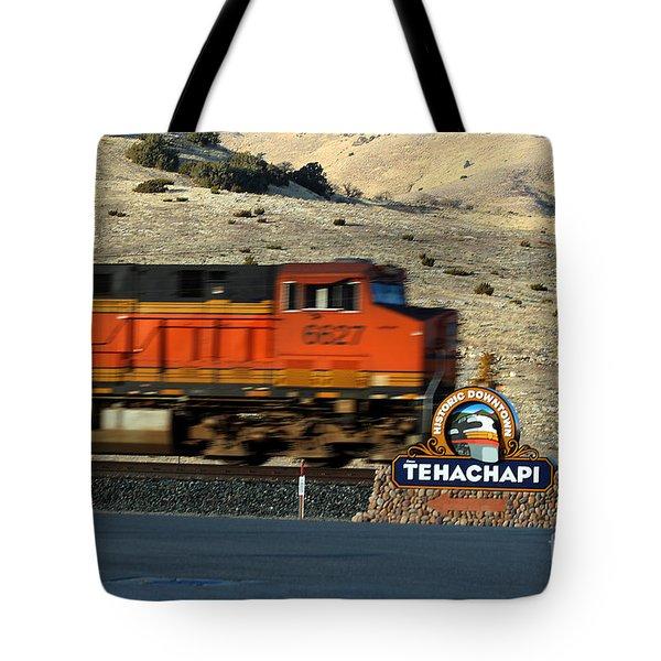 Bnsf Locomotive In Tehachapi Southern California Tote Bag by Wernher Krutein