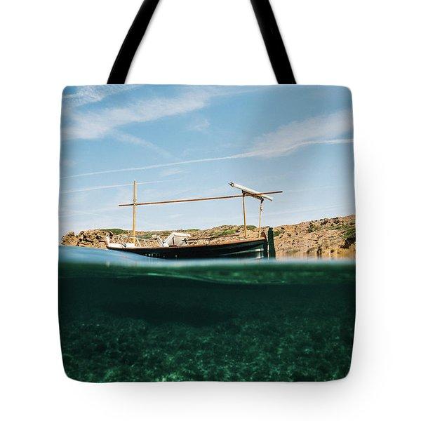 Boat V Tote Bag