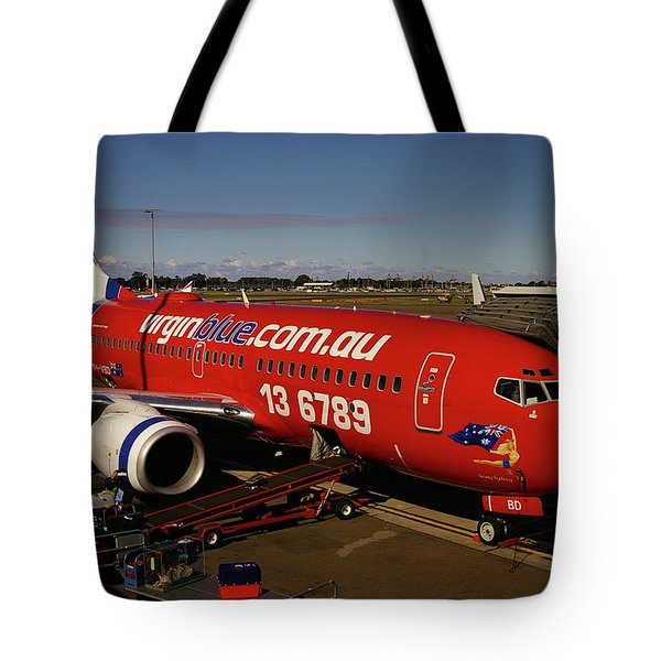 Boeing 737-7q8 Tote Bag by Tim Beach