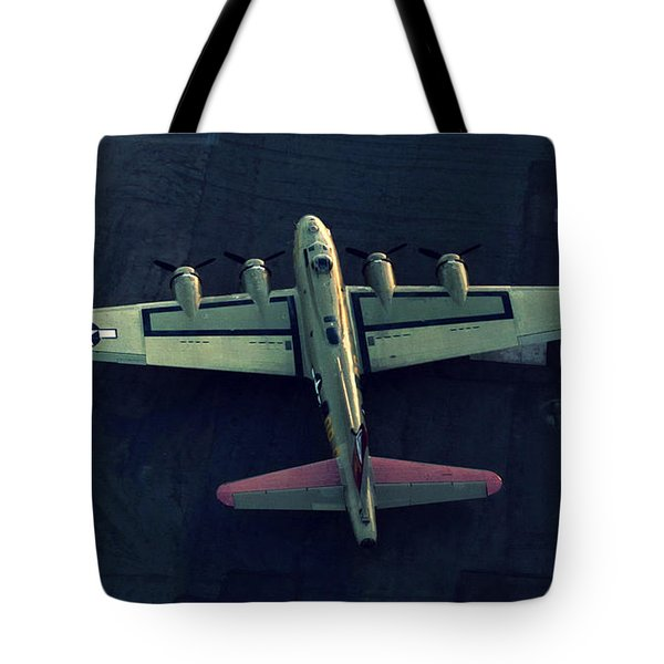 Boeing B-17 Flying Fortress Tote Bag