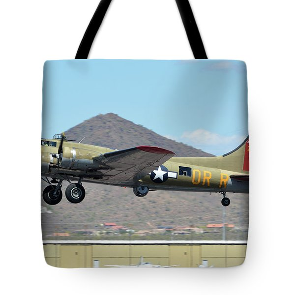 Tote Bag featuring the photograph Boeing B-17g Flying Fortress N93012 Nine-o-nine Deer Valley Arizona April 13 2016 by Brian Lockett