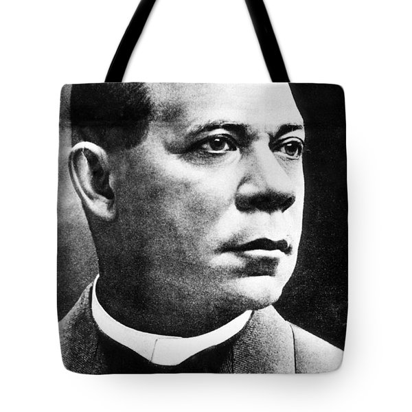 Booker T. Washington, African-american Tote Bag by Photo Researchers