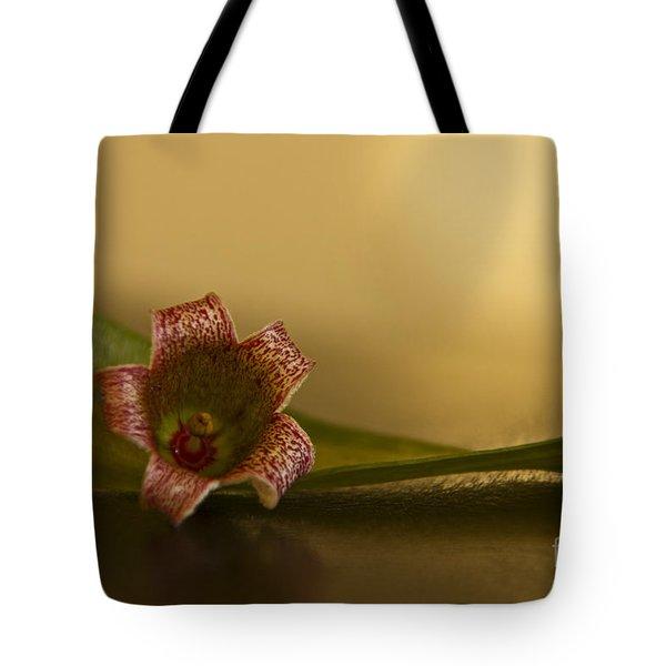 Bottle Tree Flower Tote Bag