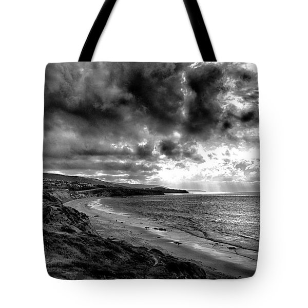 Tote Bag featuring the photograph Break Out by Joseph Hollingsworth