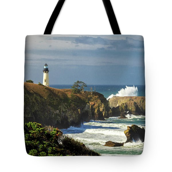 Breaking Waves At Yaquina Head Lighthouse Tote Bag