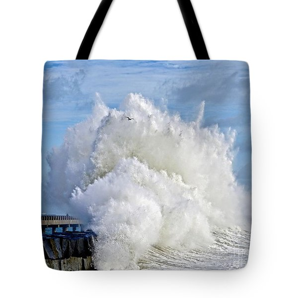 Breakwater Explosion Tote Bag
