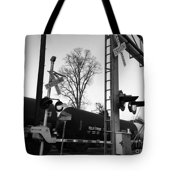 Breeze Black And White Tote Bag
