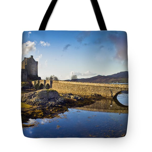 Bridge To Eilean Donan Tote Bag by Gary Eason
