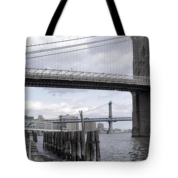 Brooklyn Bridge II Tote Bag