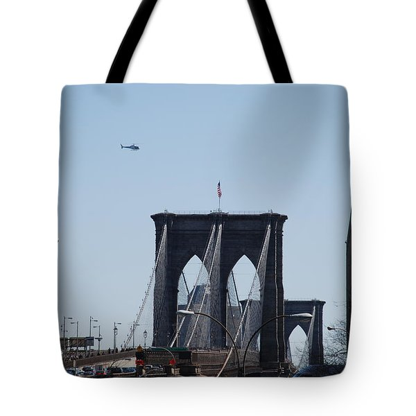 Brooklyn Bridge Tote Bag by Rob Hans
