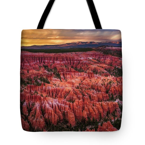 Bryce Canyon In The Glow Of Sunset Tote Bag
